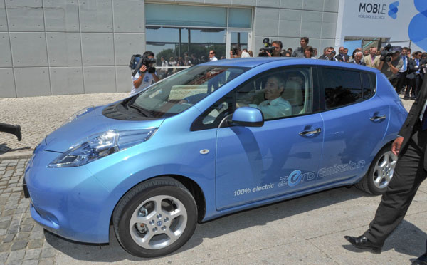 http://www.fib.is/myndir/Nissan_Leaf_june.jpg
